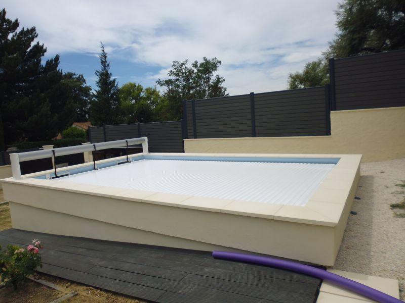 piscine beton arme ou maconne. Black Bedroom Furniture Sets. Home Design Ideas